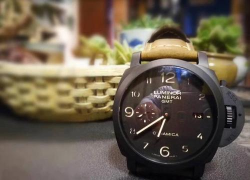 为什么现在很多明星会选择沛纳海手表?