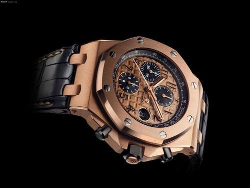 你喜欢这款爱彼皇家橡树系列手表吗?